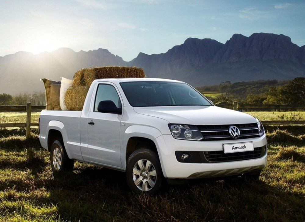 volkswagen amarok simple cabine il arrive tr s bient t. Black Bedroom Furniture Sets. Home Design Ideas