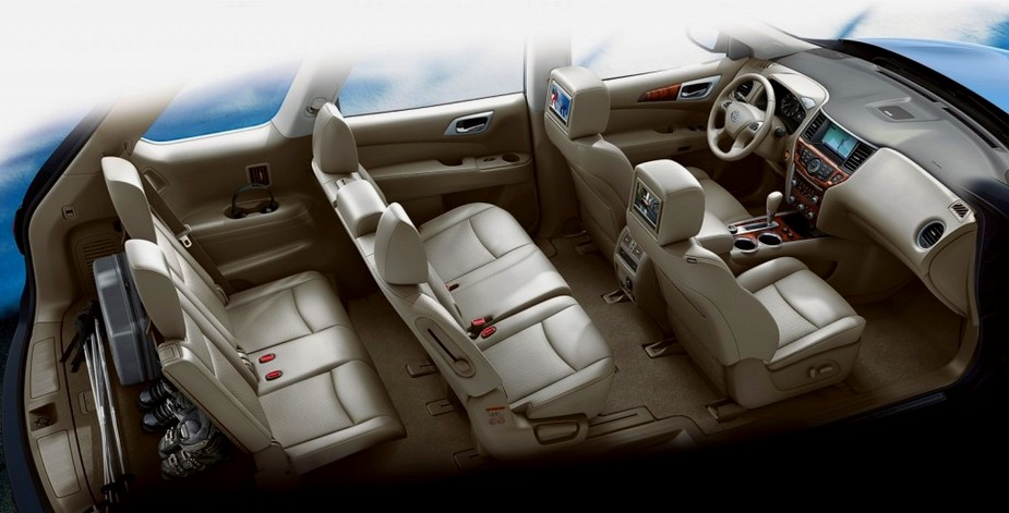nissan pathfinder 2013 moins luxueux que l 39 infiniti jx mais pas rustique blog automobile. Black Bedroom Furniture Sets. Home Design Ideas