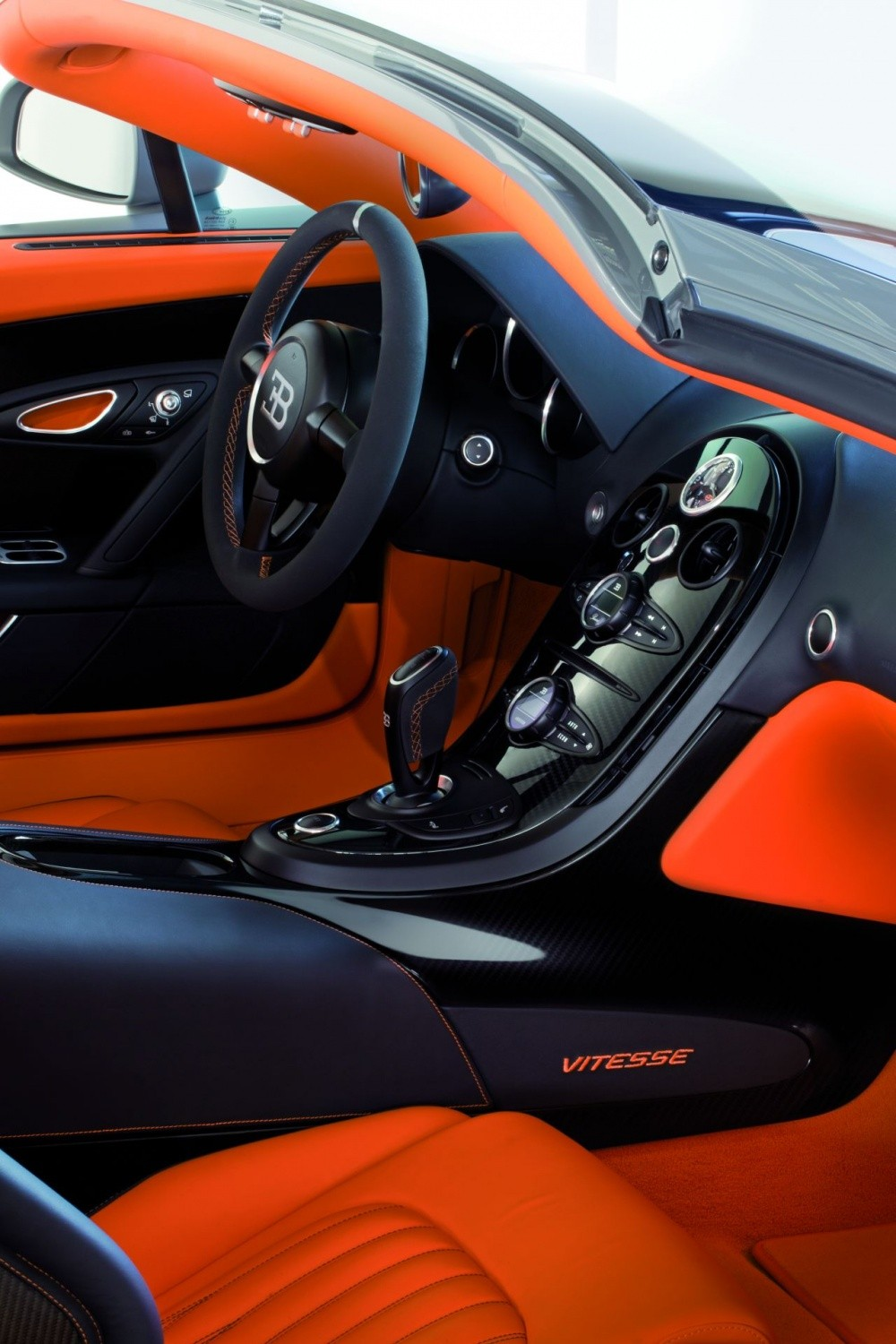 bugatti veyron grand sport vitesse a plus de 400. Black Bedroom Furniture Sets. Home Design Ideas