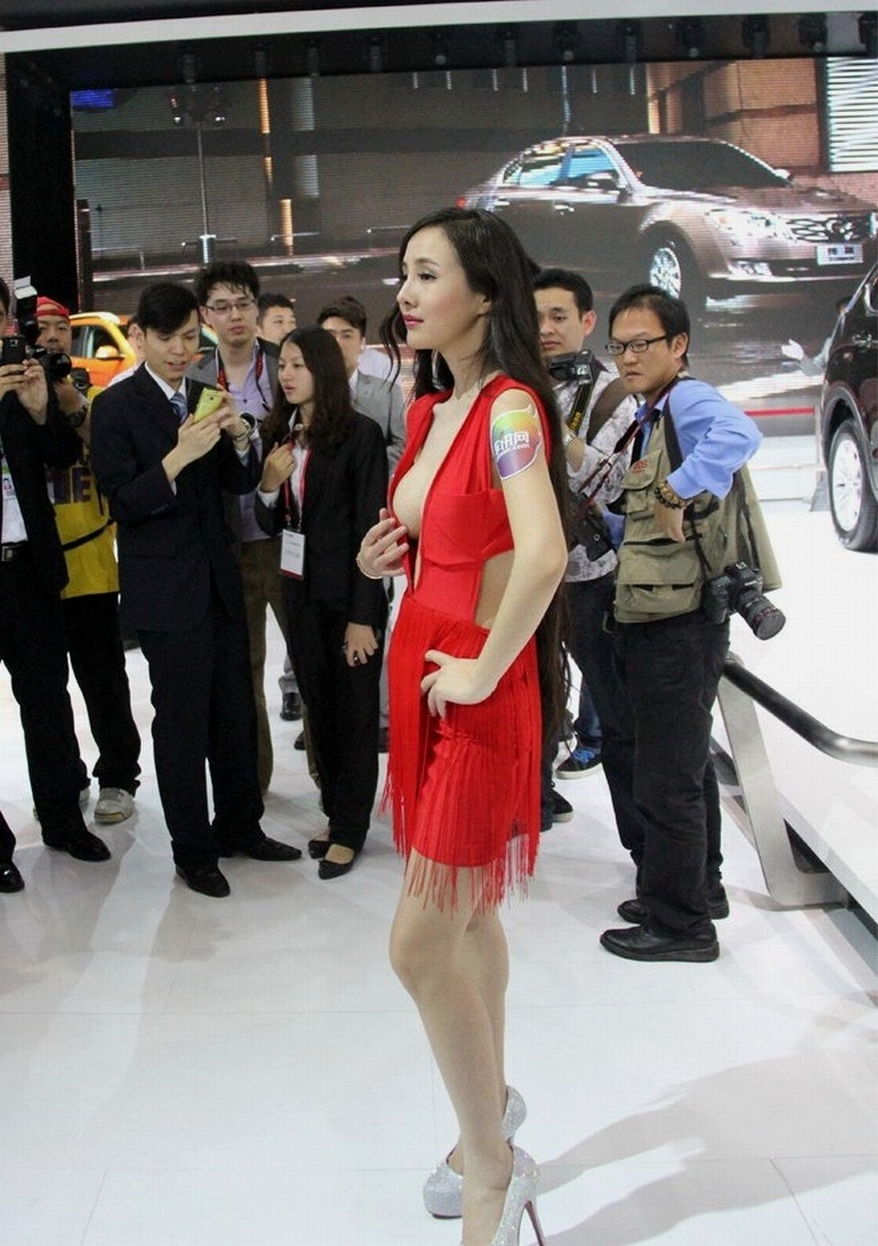 Salon de p kin 2012 les autorit s chinoises passent l for Salon de auto