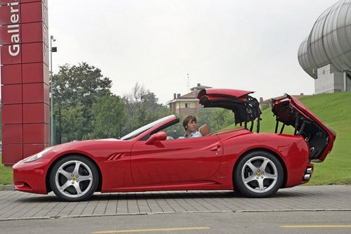 Ferrari California - 6.jpg