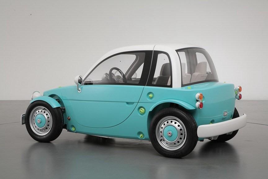 toyota camatte concept la petite voiture altruiste vid o blog automobile. Black Bedroom Furniture Sets. Home Design Ideas