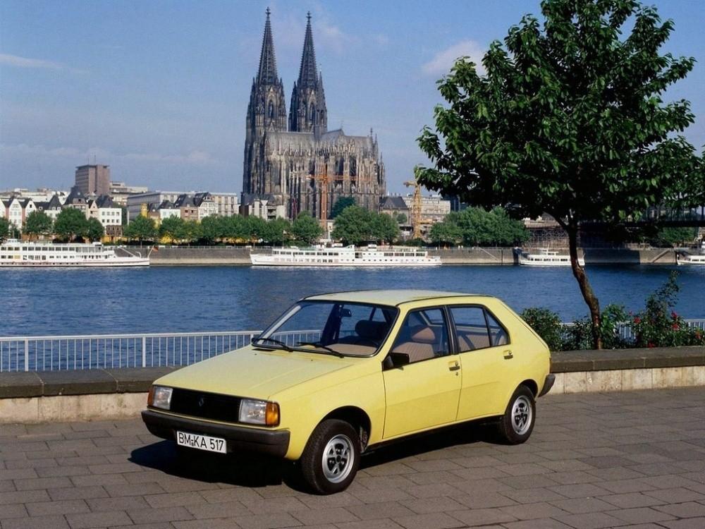 Renault 14 une bonne poire surdou e vid os blog for Garage renault evrecy 14