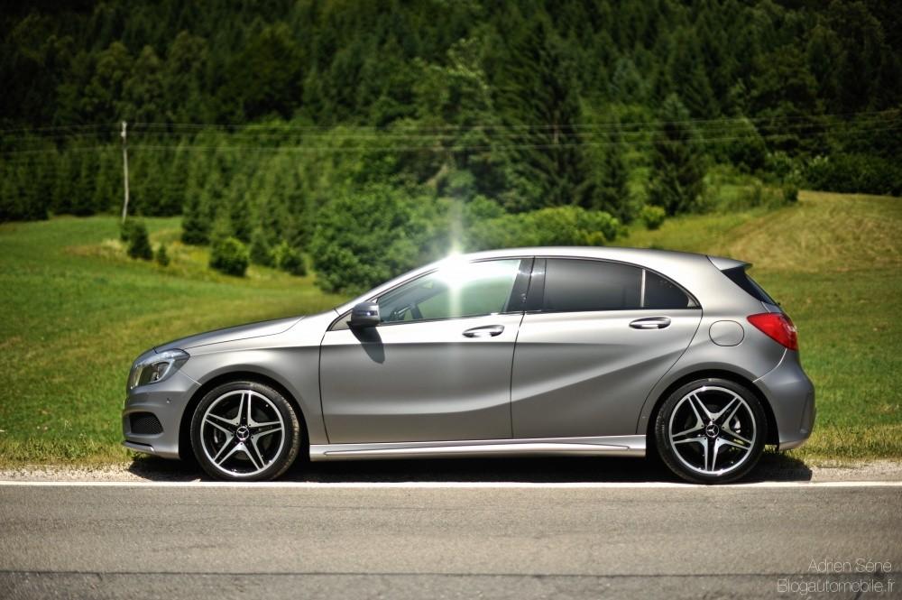 Mercedes Classe A Gris Montagne Magno