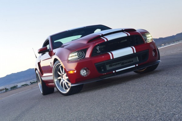 Photo Ford Mustang Shelby GT500 Supersnake 2012.1 600x399 Shelby GT500 Super Snake 2013 : Le démon shabille en Shelby