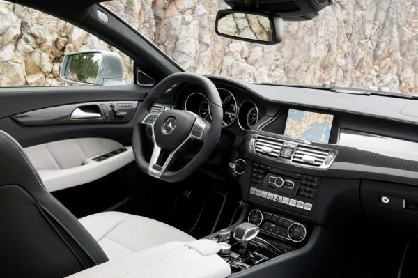 Mercedes CLS Shooting Brake -15 - Intérieur - Tableau de bord