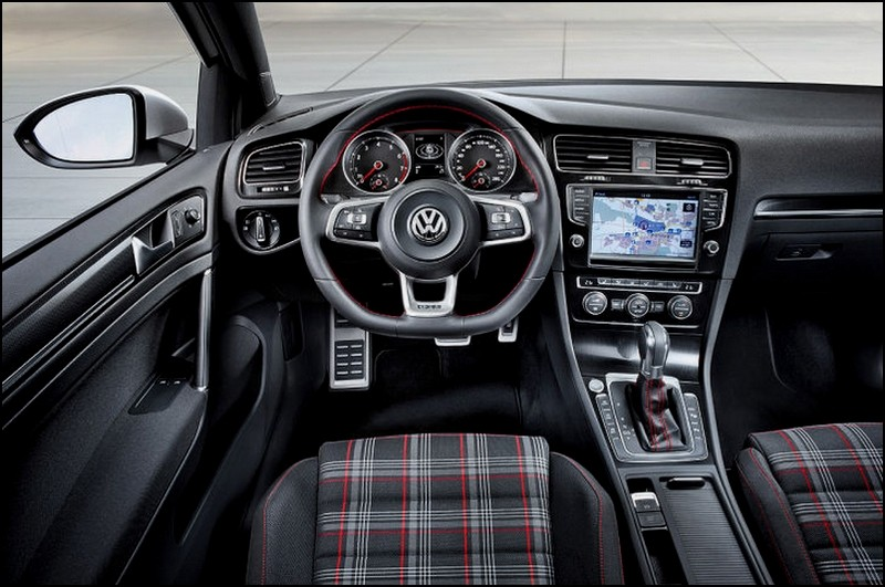 Golf 7 gti la voil blog automobile for Interieur golf 4 2000