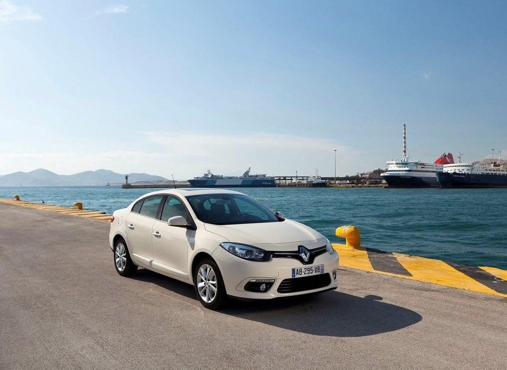 Renault-Fluence_2013_0