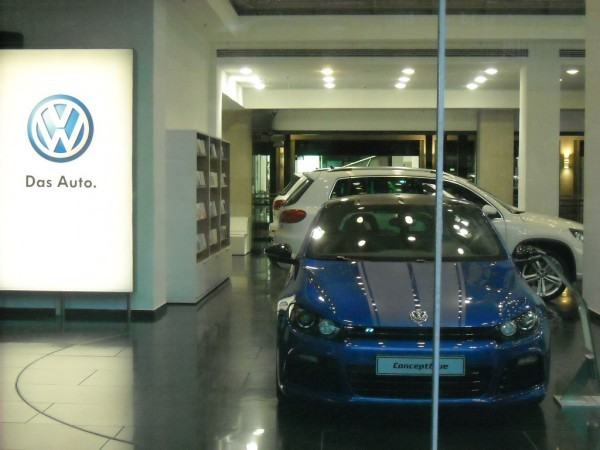 Automobilforum VW Unter Den Linden (3)