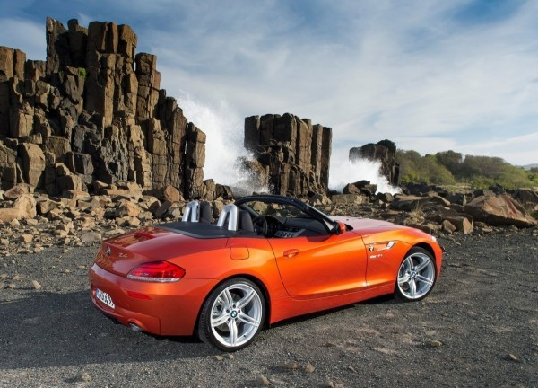 BMW-Z4_Roadster_2013.14