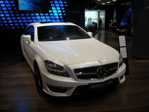 Mercedes Unter Den Linden (7)