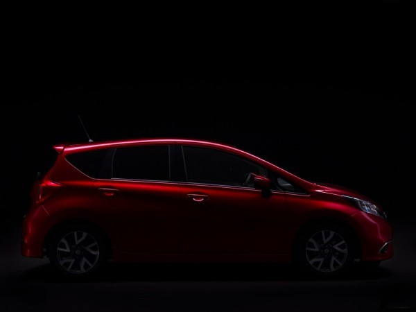 Nissan-Note_2013-2014.0