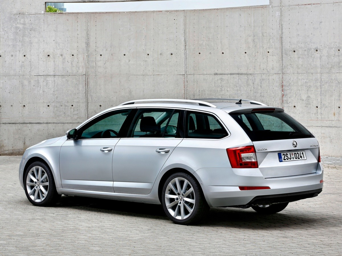 nouvelle skoda octavia combi 2013 classique r ussite blog automobile. Black Bedroom Furniture Sets. Home Design Ideas