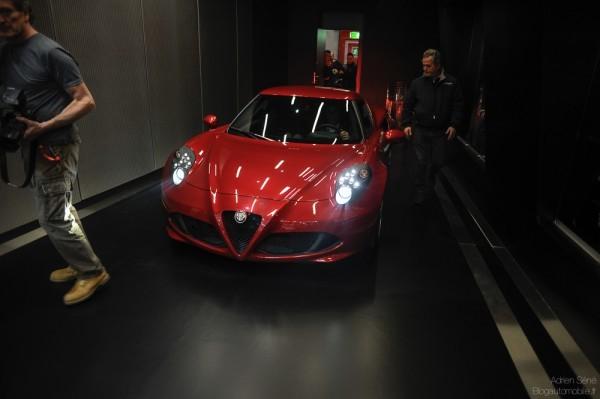 Alfa_Romeo-4C_2014.22