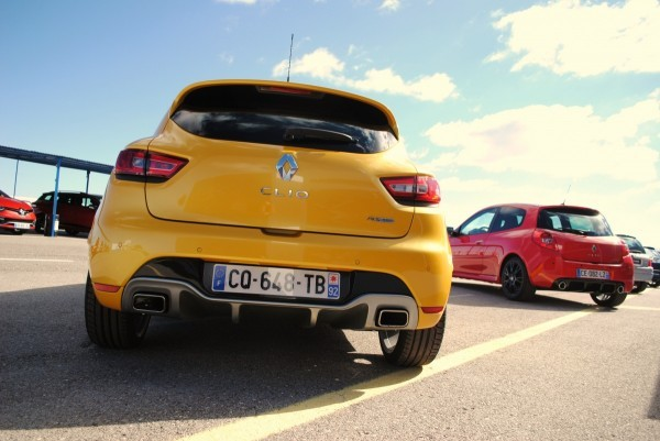 CLIO ESTATE RS 140