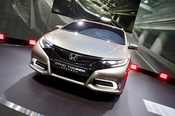 Honda Civic Tourer Concept.1