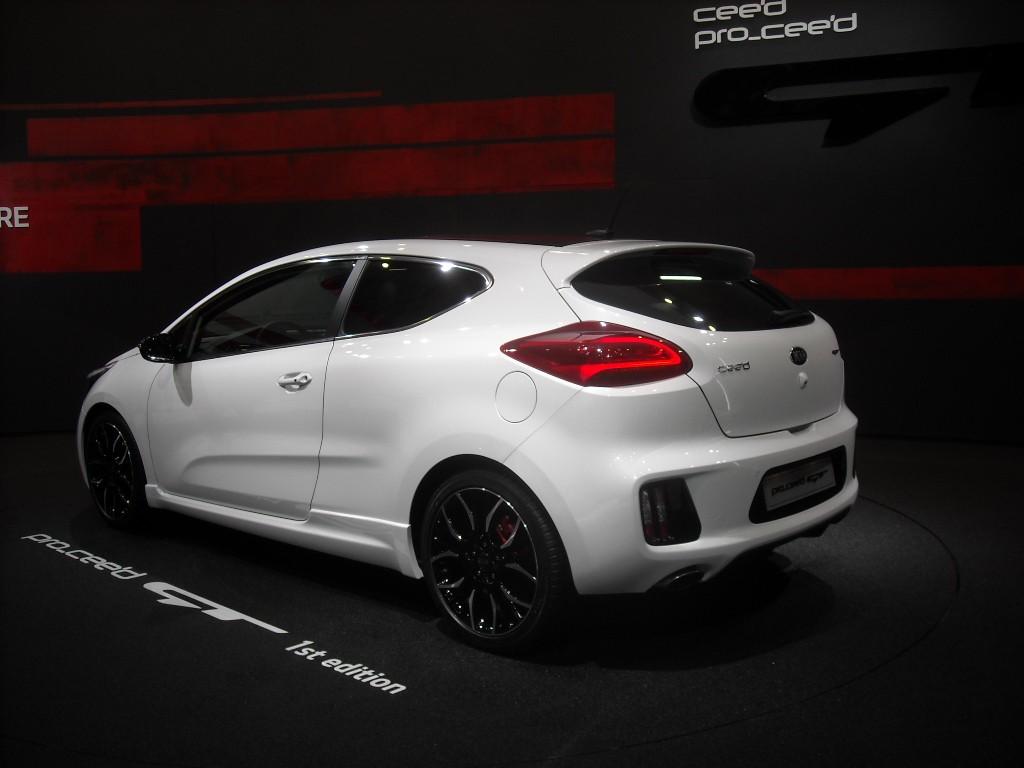 Kia Pro-Cee'd GT (7)