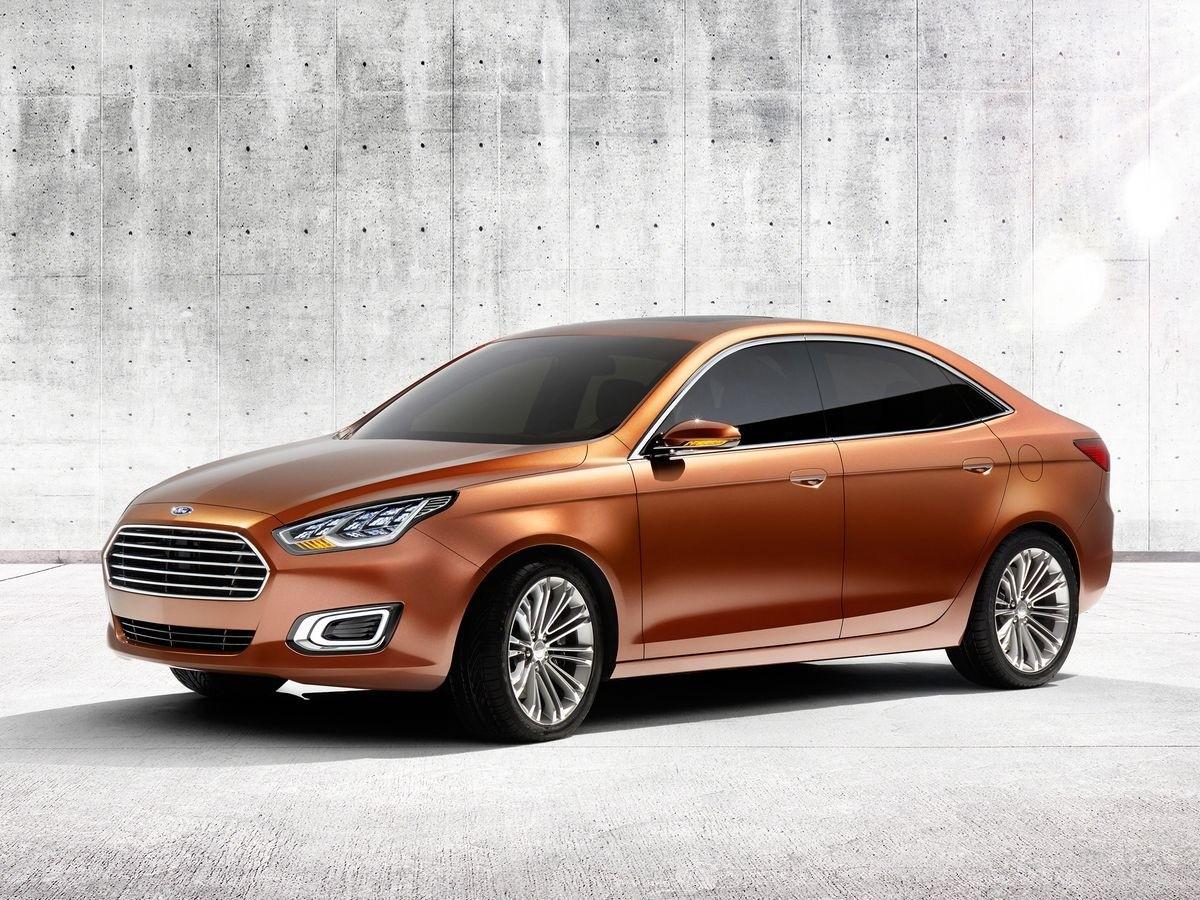 Ford Escort Concept Shanghai 2013 (2)