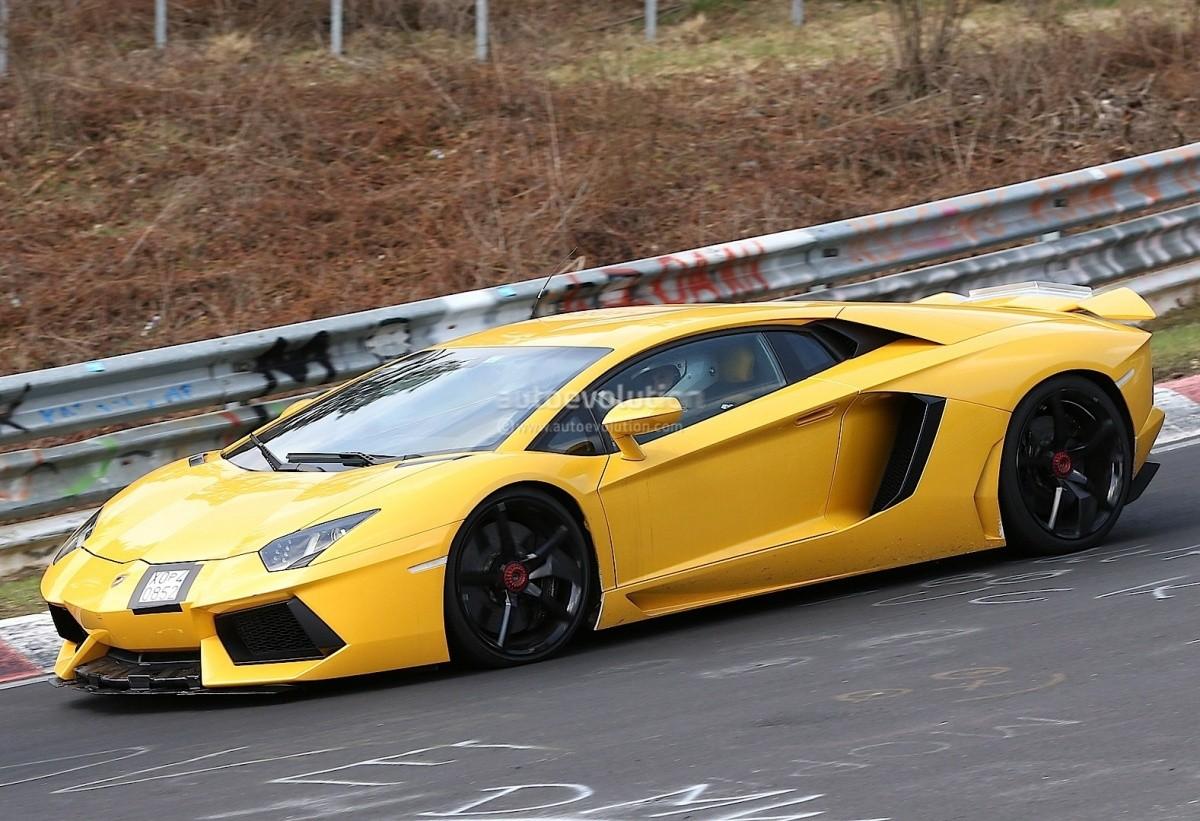 Lamborghini Aventador SV (3)
