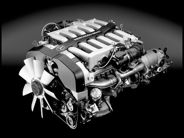 Moteur V12  Mercedes Benz