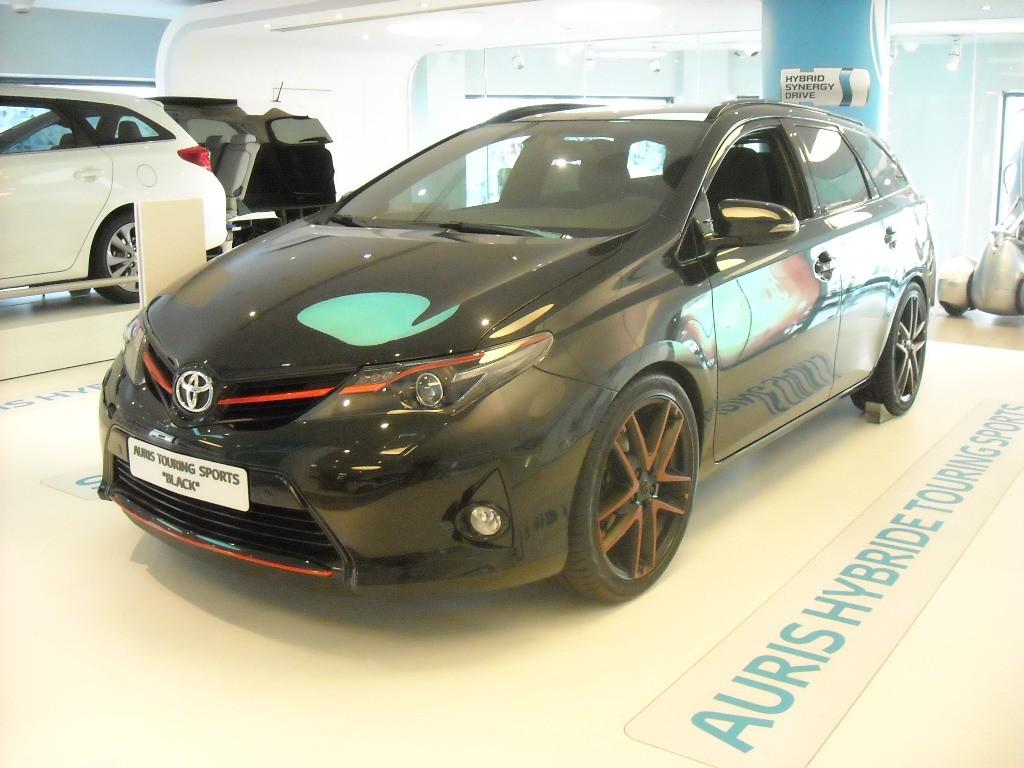 Toyota Auris (2)