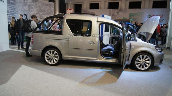 VW Caddy pick up.1