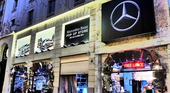 popup store mercedes (1)