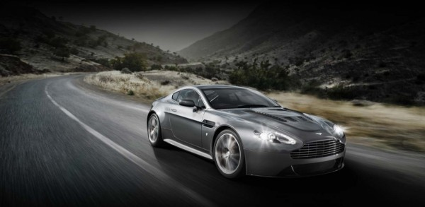 Aston martin vantage V12.1