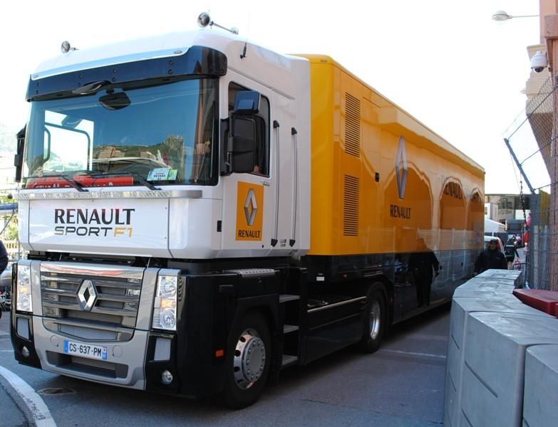 Camion Renault F1 - Blog Automobile