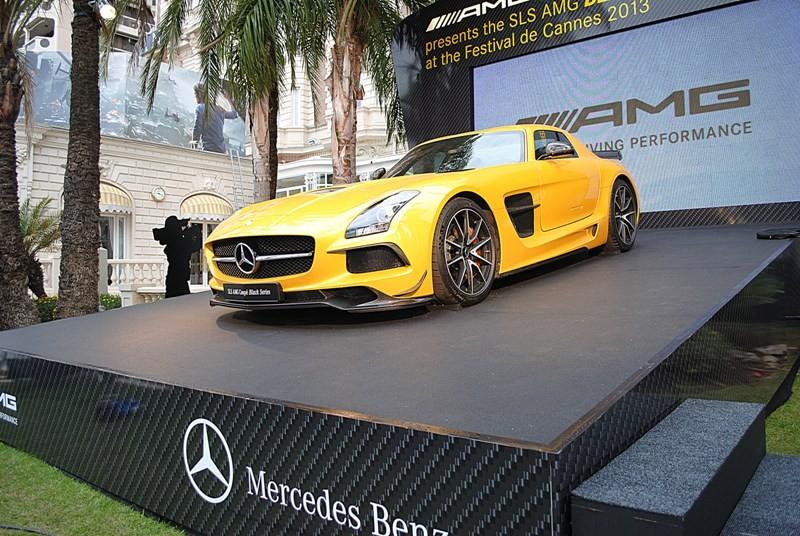 Cannes un festival de belles voitures blog for Garage mercedes cannes
