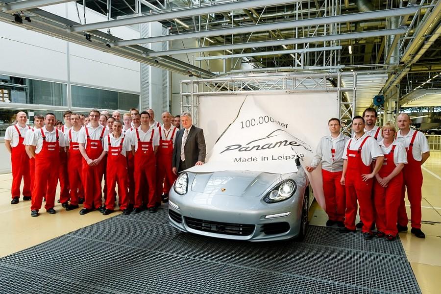Porsche Panamera 100