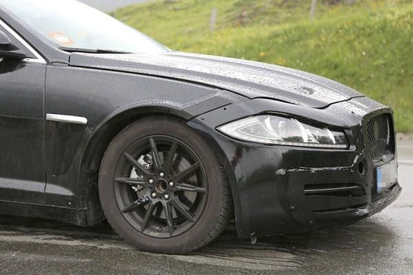 Jaguar XS mulet.0