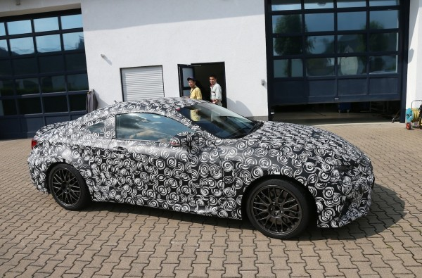 Lexus-RC-F.0