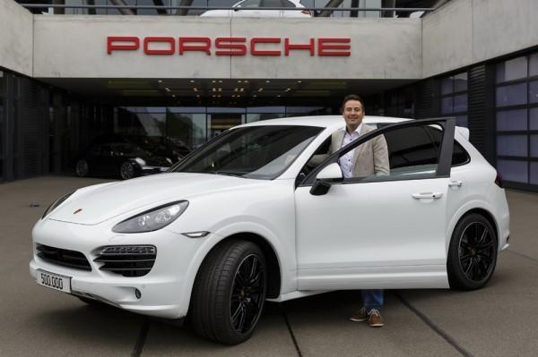 Porsche - 500.000 Cayenne -