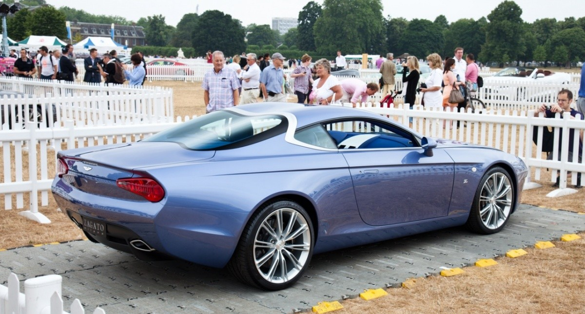 aston martin dbs coupe centennial db9 spyder centennial by zagato blog automobile. Black Bedroom Furniture Sets. Home Design Ideas