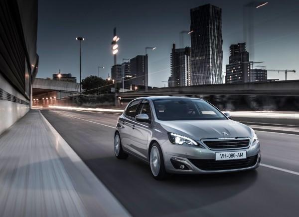 Peugeot-308_2014.3