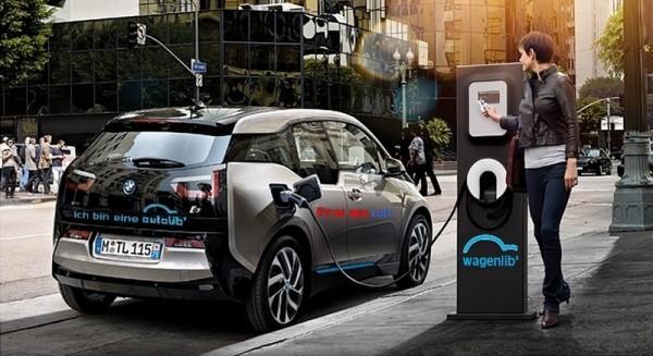 BMW espionne Autolib'