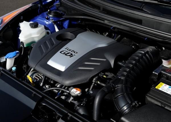 Hyundai-Veloster-R-Spec-16