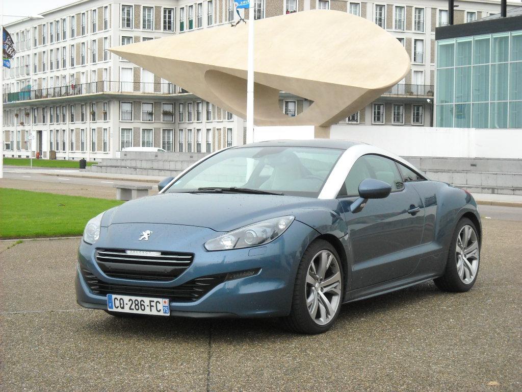 Peugeot RCZ THP 200 (1)
