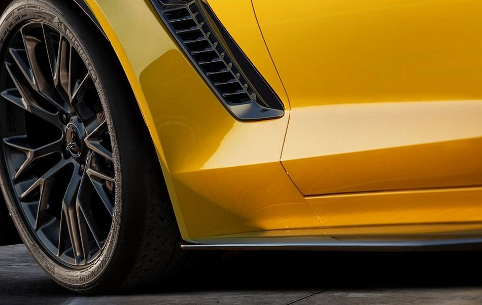 Chevrolet Corvette Z06 teaser