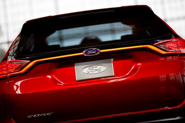 Ford-Edge-Concept-2015_16[2]