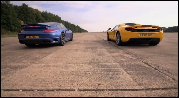 McLaren MP4-12C vs Porsche 911 Turbo S par C.Harris