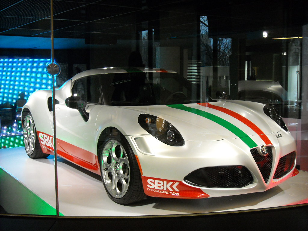 Alfa Romeo 4C SBK (3)