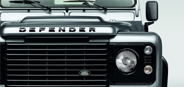 Land-Rover Defender Silver Pack et Black Pack.0
