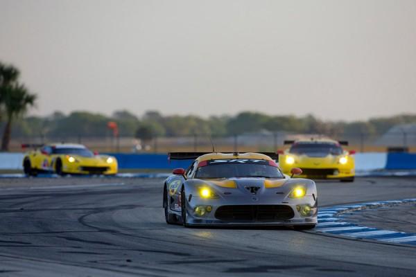 12-hours-of-sebring-2014-srt-viper-gtsr-tudor-championship-imsa