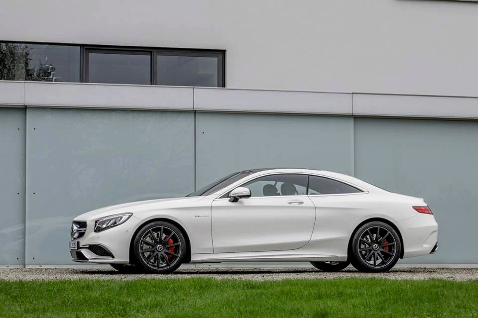 Mercedes Benz Classe s Coupé 63 AMG
