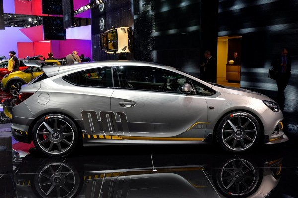 Opel Astra OPC Extreme.3