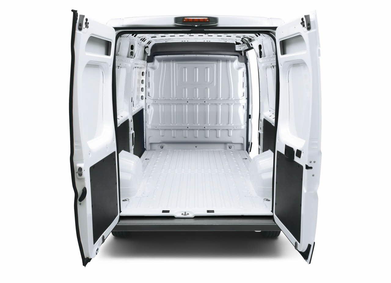 les nouveaux boxer ducato et jumper reprennent le chantier blog automobile. Black Bedroom Furniture Sets. Home Design Ideas