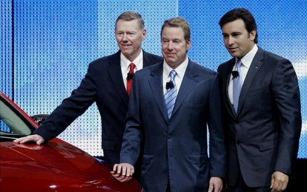 Allan Mulally; Bill Ford et Mark Fields