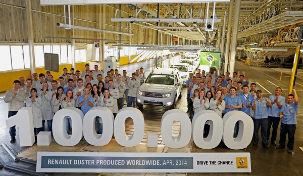 DUSTER UN MILLION D'EXEMPLAIRES